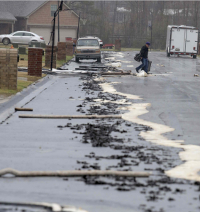 Tar leak Arkansas